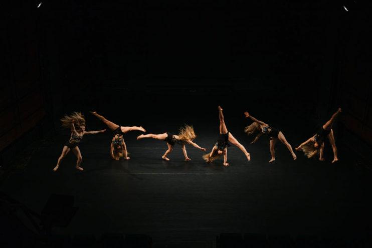 gymnastics-cartwheel-how-to