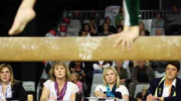 how-to-be-a-gymnastics-judge