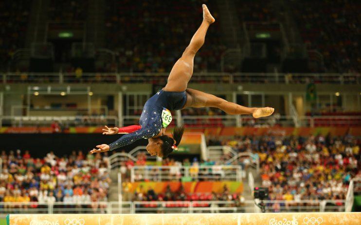 simone-biles-rio-olympics-balance-beam